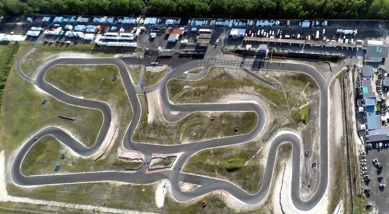 vue aérienne du circuit karting de Salbris